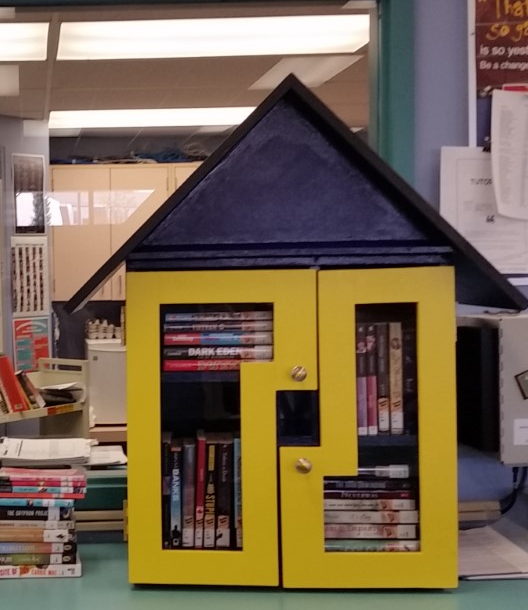 Little Free Library Dorothy Peacock - house only